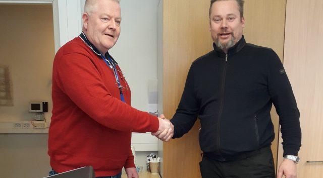 Sädehoitoyksikön laajennus- ja peruskorjausurakan sopimus allekirjoitettiin Rakennusliike Kalevi Suntio Oy:n kanssa